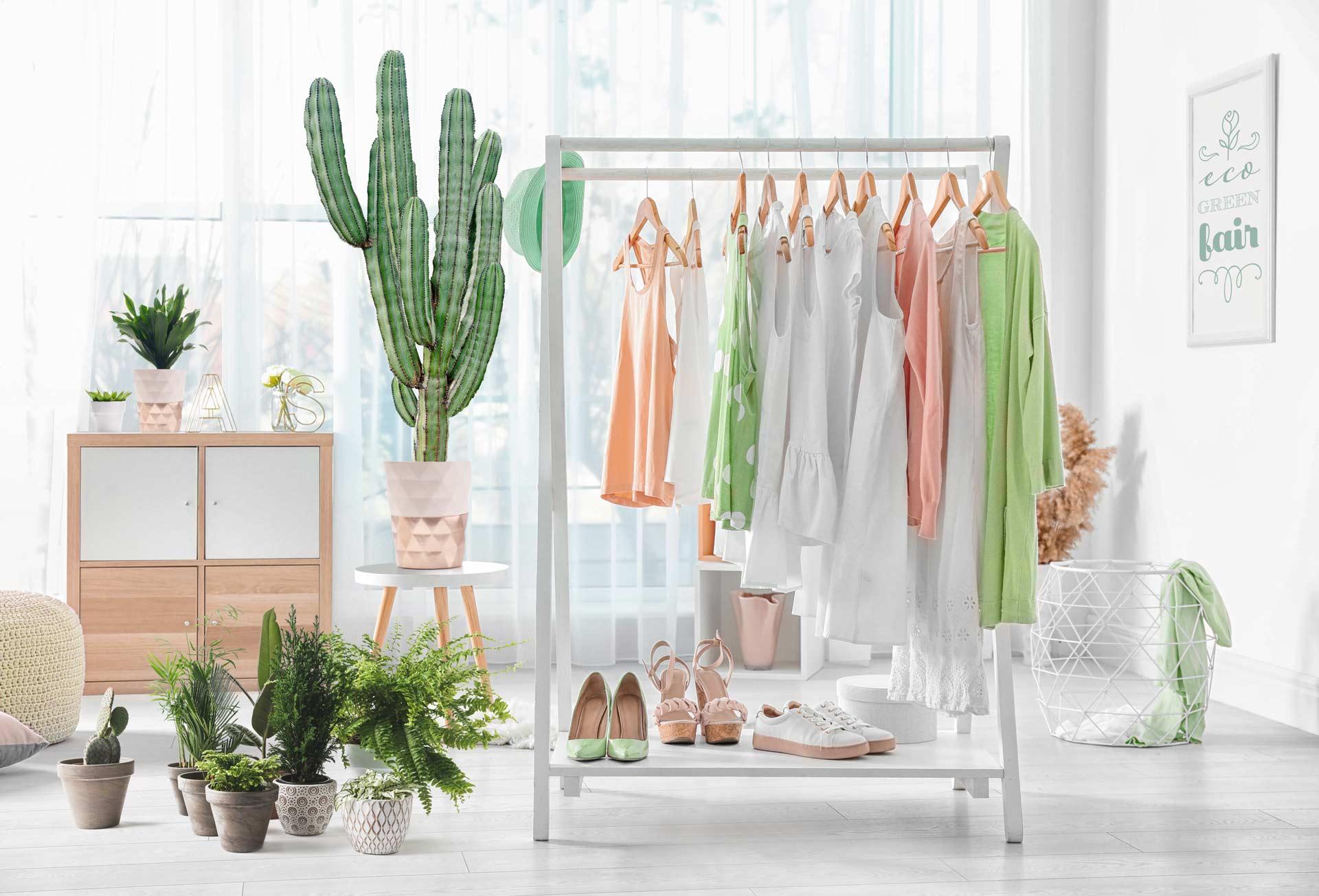 Guardaroba sostenibile di brand della moda sostenibile ed etica