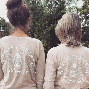 abbigliamento organico Wolfe Academy