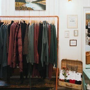 sustainable clothes boutique Berlin Dear Goods