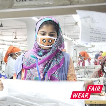 lavoratrice-tessile-Fair-Wear